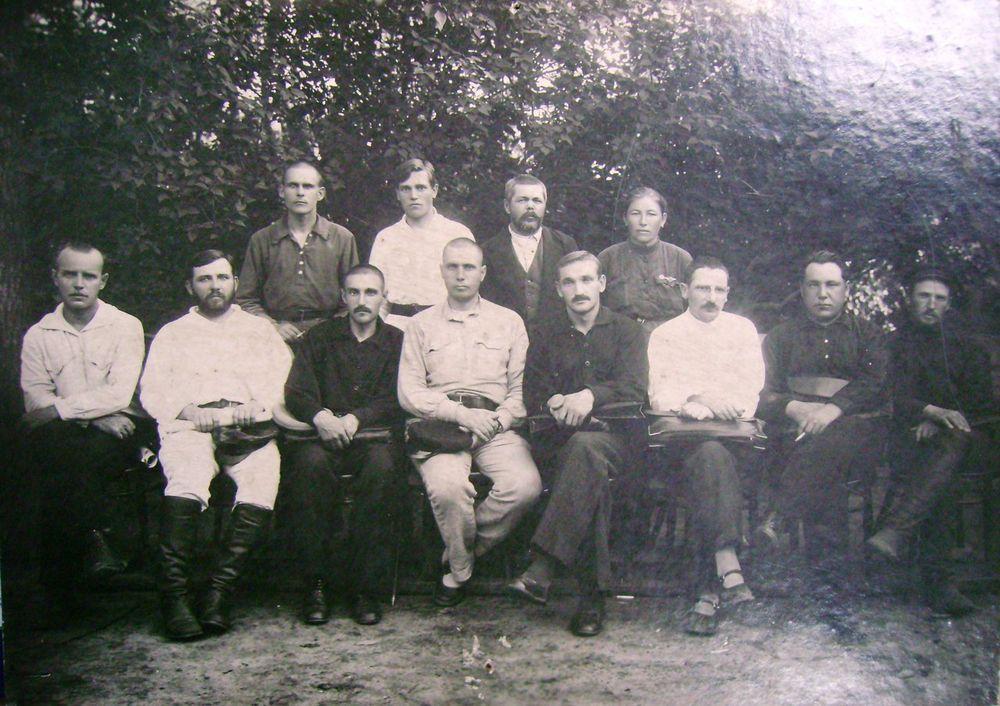 Первый состав исполкома Курганского совета рабочих, крестьянских и красноармейских депутатов. 1924 г.