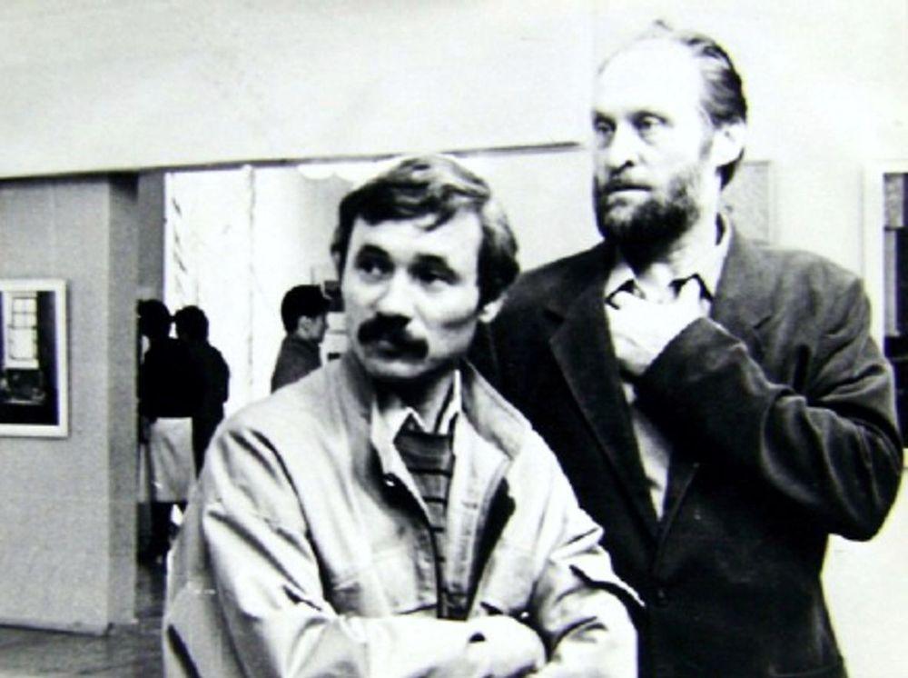 Журналист В.И. Портнягин и художник Г.А. Травников. Конец 1980-х гг.