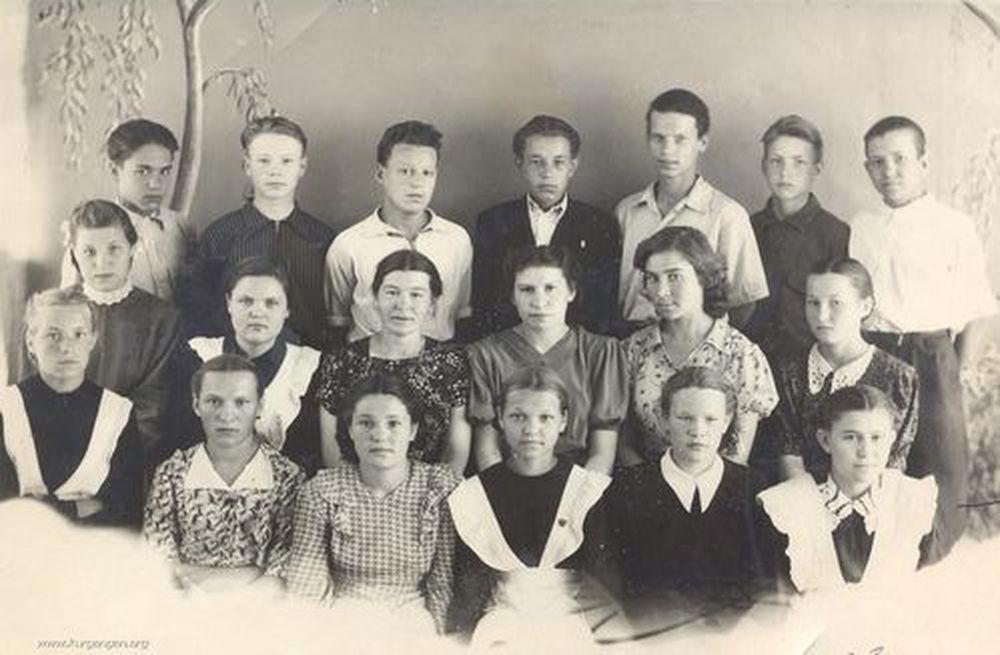 Куртамышская средняя школа. 6-г класс. 1953/1954 гг.