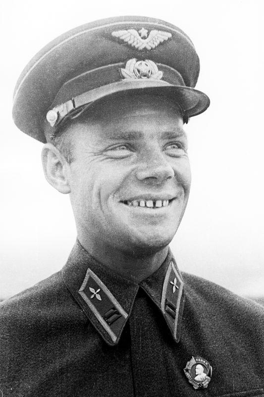 Дважды Герой Советского Союза Сергей Иванович Грицевец