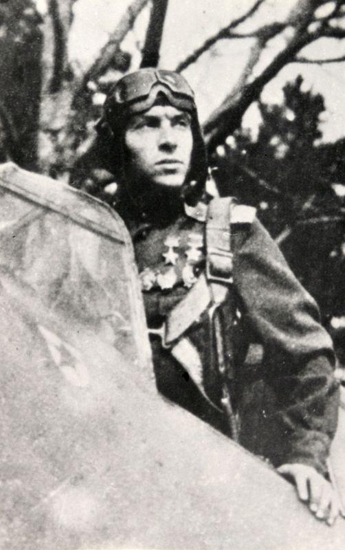 Дважды Герой Советского Союза Кирилл Алексеевич Евстигнеев.